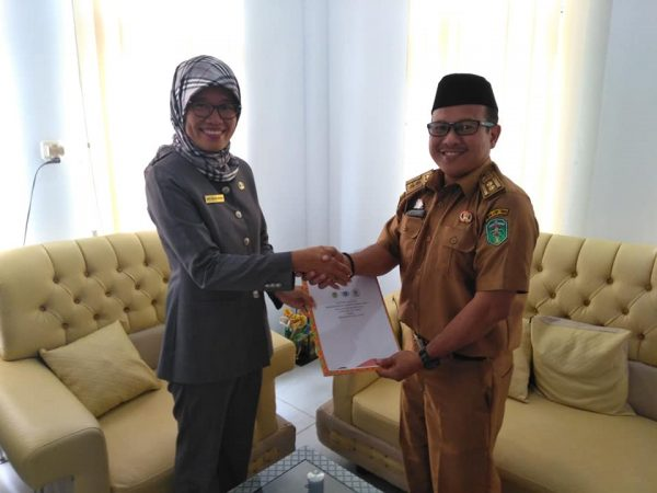 Penandatanganan MoU (Memorandum of Understanding) SMPN 1 Malili dengan Dinas Lingkungan Hidup (DLH) Kabupaten Luwu Timur